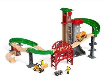 BRIO World Velké skladiště s výtahem 33887