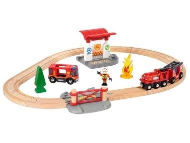 BRIO World Vláčkodráha s hasičskou stanicí 33815