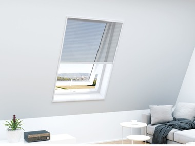 Ochrana proti hmyzu na střešní okno